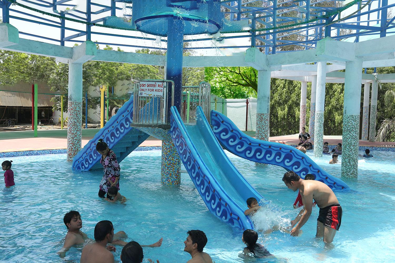 Bubbly Mazaaa   Water Fun park